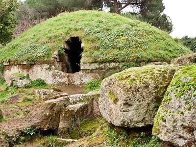 'Volontariamente per l'Archeologia': alla Necropoli quattro giorni di visite guidate