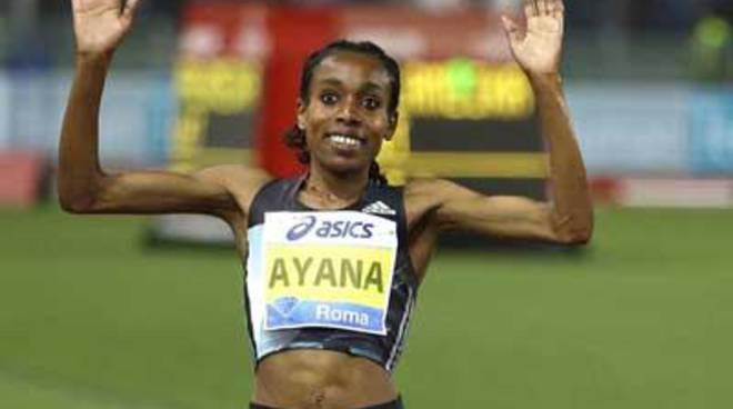 Al Golden Gala Gatlin si conferma sui 100 metri, Almaz Ayana trionfa sui 5000 metri, con record
