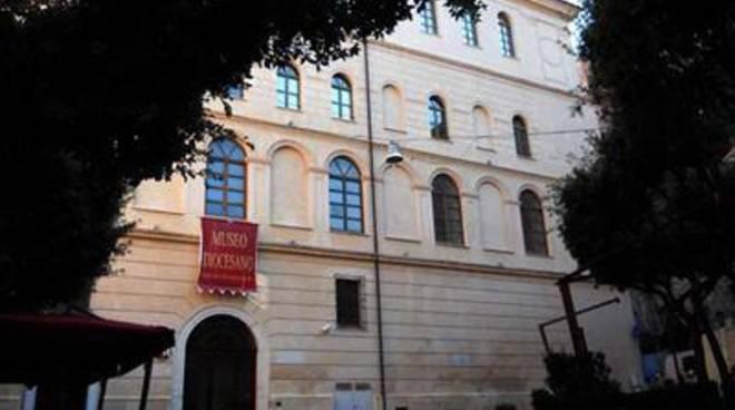 """Al via la mostra fotografica """"Sotto il sole d'Italia"""" presso il Museo diocesano"""
