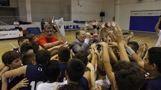 Benacquista Latina premiata con la Social Basket Cup