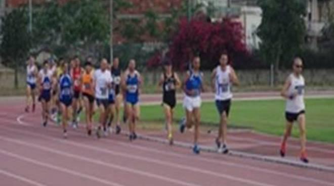 Il 4 giugno si corre in notturna sulla pista del Cetorelli