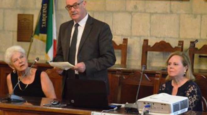Il sindaco Mazzola alla cerimonia della Guardia di Finanza per l'App.s Attilio Darida