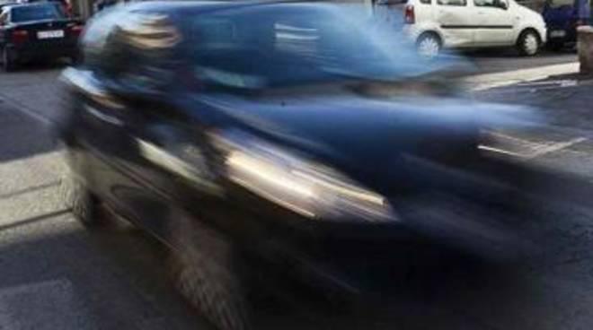 Incidente con fuga: la Polizia di Stato rintraccia il conducente