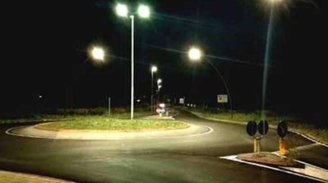 Terminati i lavori per l'illuminazione della strada della Marina