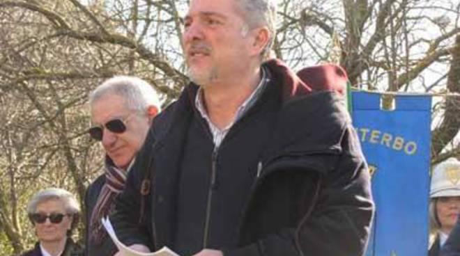 350 firme per la petizione on line contro il campo profughi nell'ex-deposito munizioni