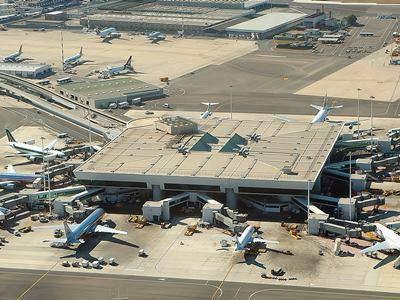 """Adr: """"Operativa da oggi l'assistenza in aeroporto per passeggeri oncologici"""