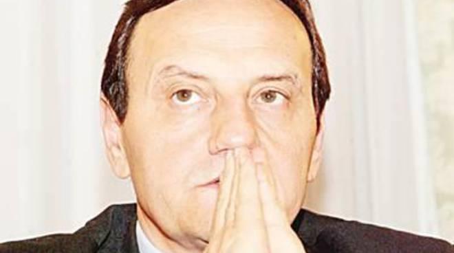 Centro di accoglienza, l'intervento di Mario Baccini