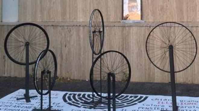 CiclicaMente, l'Arte di Fabrizio Bonanni conquista il Madxi