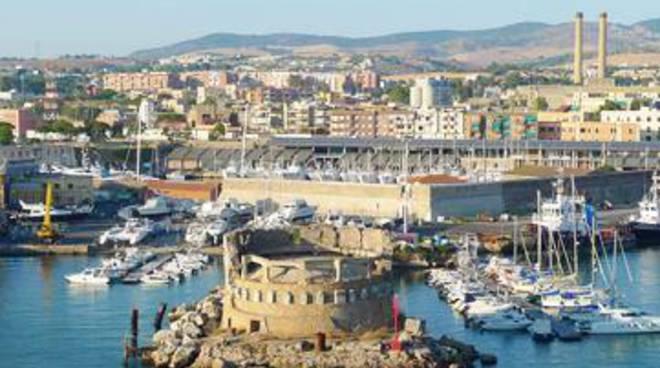 Civitavecchia, solenne cerimonia per celebrare il 150° della Capitaneria di Porto