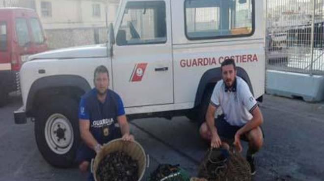 Guardia Costiera di Gaeta: contrasto alla pesca di frodo
