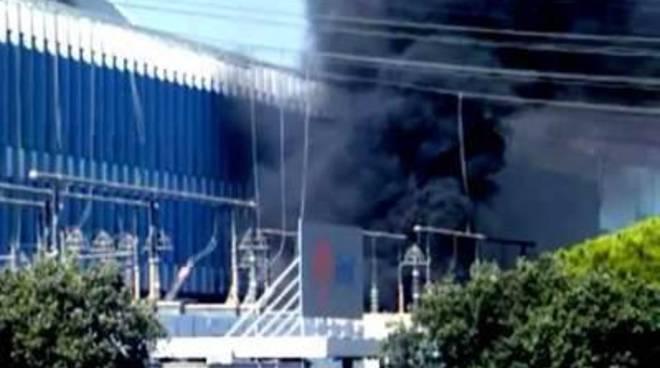 Incendio Enel, l'Amministrazione Comunale contesta la minimizzazione dell'incidente