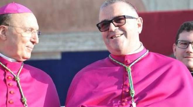 Monsignor Luigi Vari approda a Gaeta