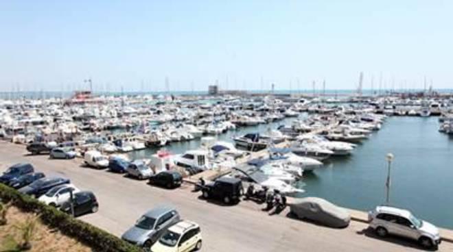 Parcheggi privati, il Sindaco incontra i vertici della Marina di Nettuno