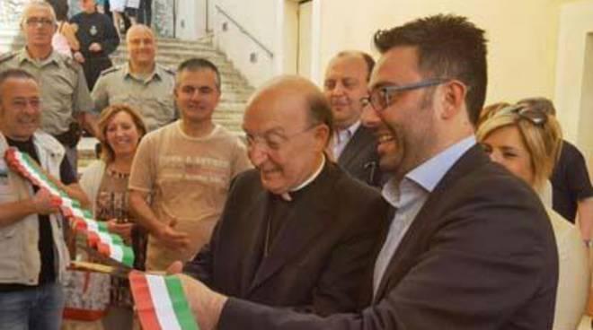 Una firma a sostegno della Chiesa di Gaeta