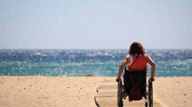Via Sanremo, arriva la passerella per disabili