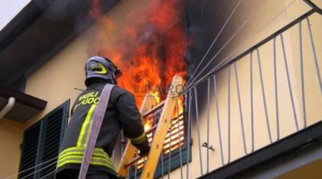 appartamento a fuoco