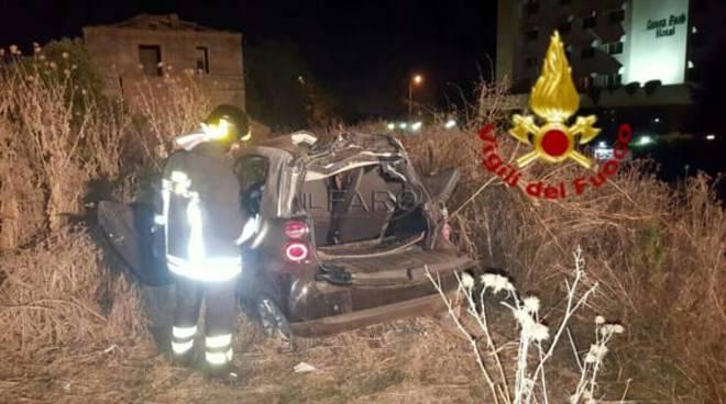 Incidente stradale a Pomezia: muore un ragazzo, due sono gravi