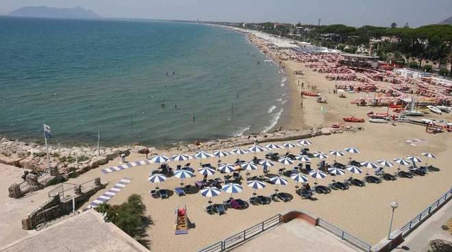 spiaggia terracina