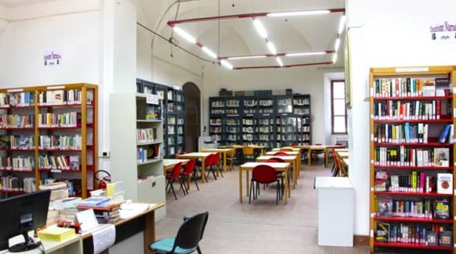 biblioteca di formia