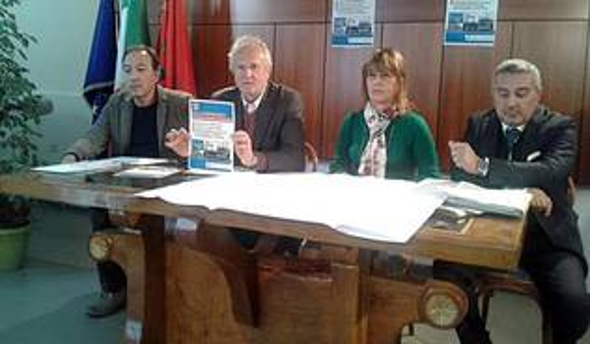 conferenza stampa ponte 2 giugno