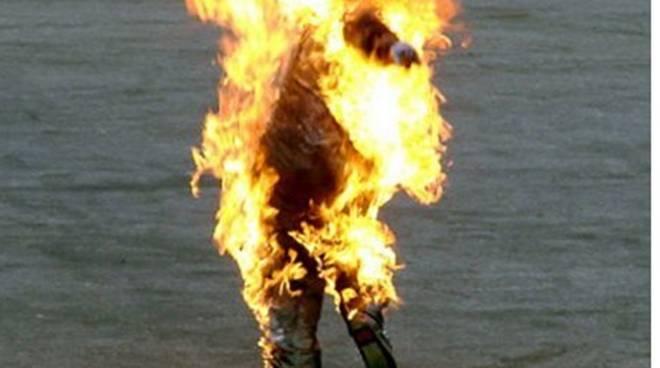 bruciato vivo