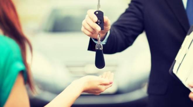 compra e vednd auto usate