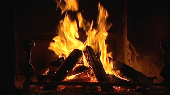 fuoco caminetto