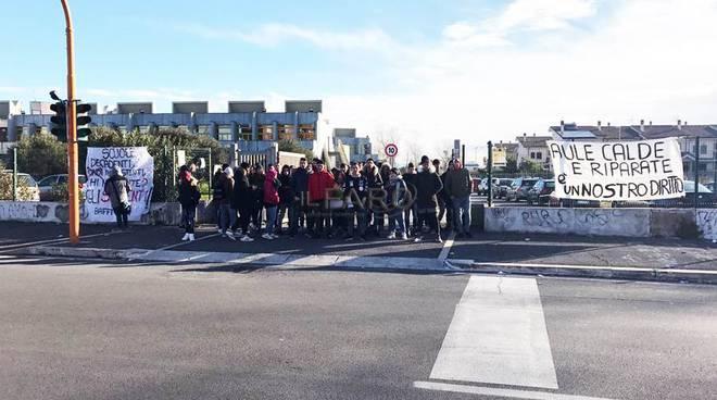 proteste paolo baffi