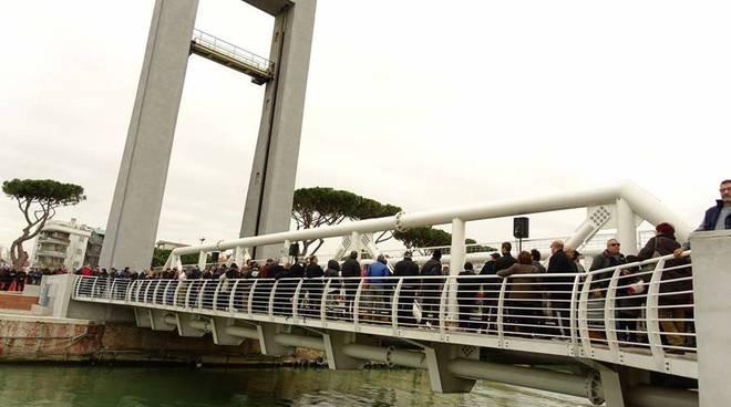 inaugurazione riapertura ponte 2 giugno fiumicino