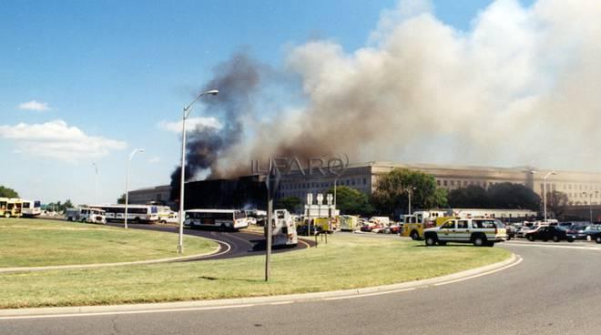 11 settembre, le foto del Pentagono fornite dall'FBI