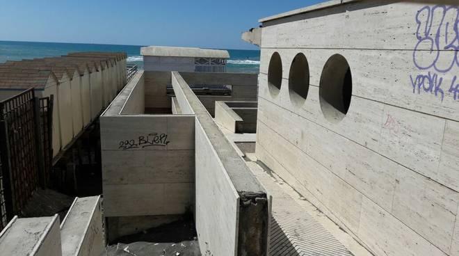 cemento mare ostia,