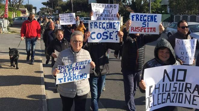 protesta a Fregene contro la chiusura della delegazione