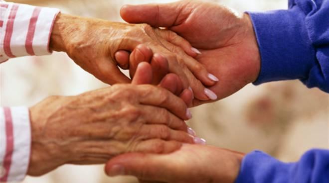 assistenza agli anziani