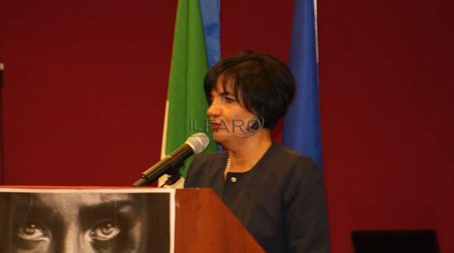 convegno 'dai voce al suo silenzio' contro la violenza di genere a pomezia
