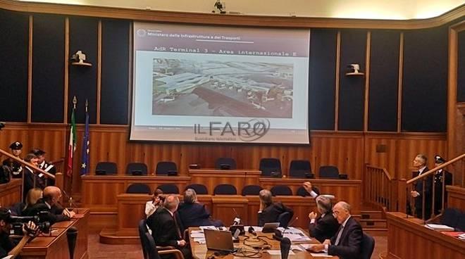 Delrio annuncia lo sviluppo degli aeroporti