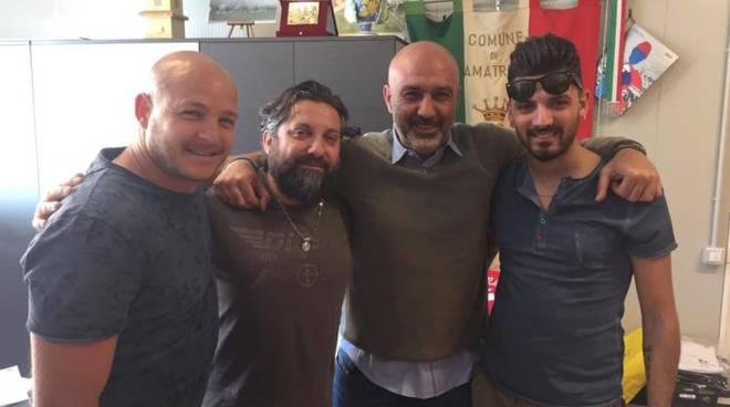 i proprietari della discoteca vallecorsari incontrano il sindaco di amatrice