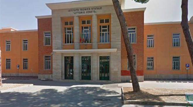 istituto Vittorio Veneto-Salvemini di Latina
