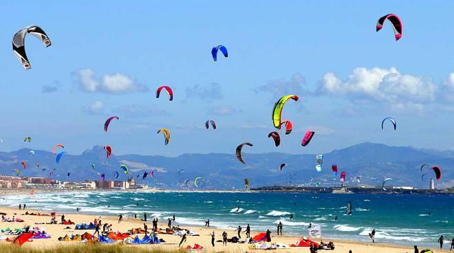 kitesurfing a sperlonga