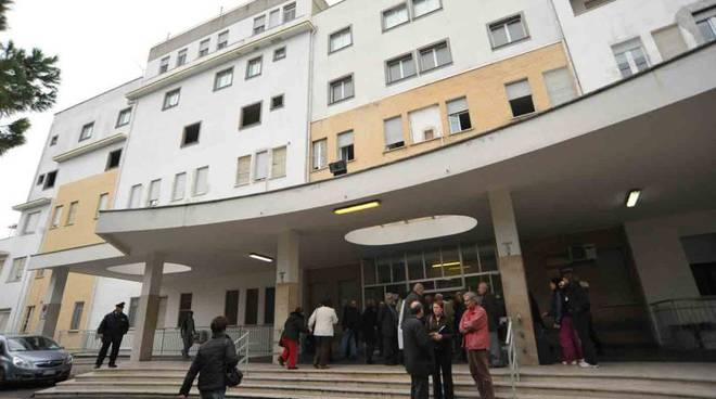 Bomba d'acqua a Civitavecchia, inagibili due sale operatorie dell'ospedale San Paolo - IlFaroOnline.it