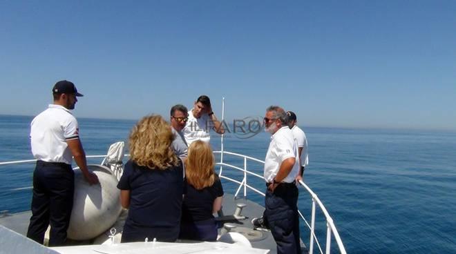 cerimonia a mare commemorazione Andrea Gregori