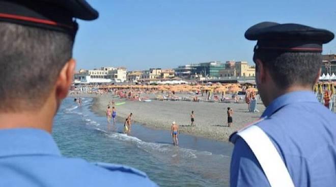 Furti in spiaggia a #Torvajanica