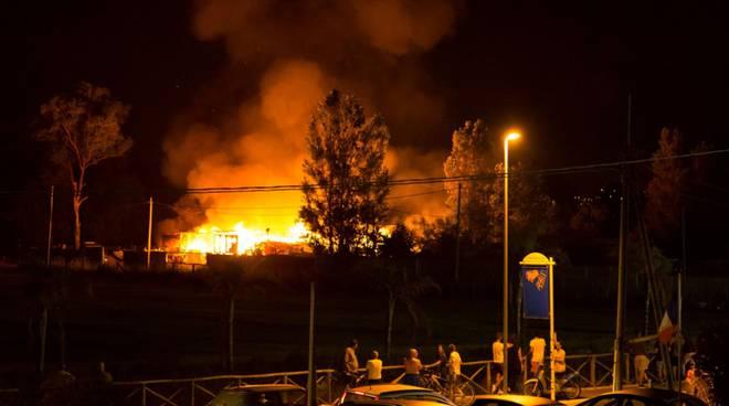 incendio ladispoli