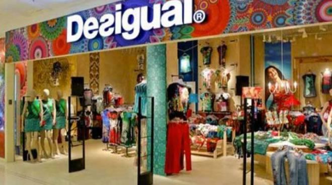 new style b9122 a852d Negozi #Desigual: oltre 60 nuovi posti in tutta Italia - Il ...