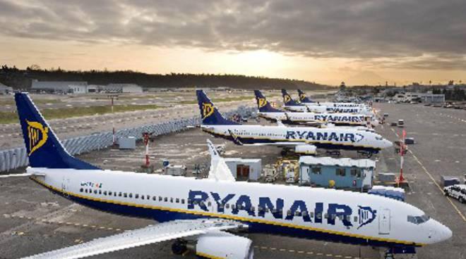 RyanAir: tutte le nuove assunzioni per assistenti di volo e di terra