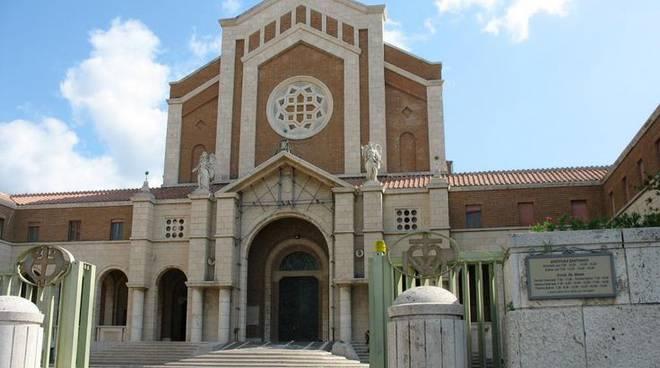 Sagrato del Santuario della Madonna delle Grazie e Santa Maria Goretti
