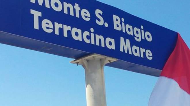stazione ferroviaria, nuova denominazione per terracina mare