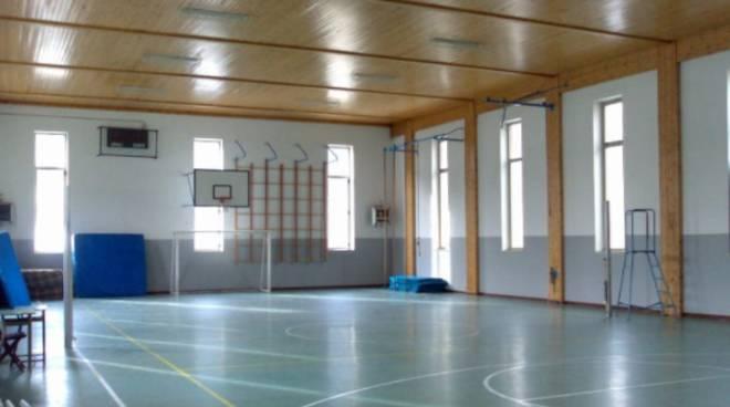Palestra scuola Cerenova lavori di manutenzione
