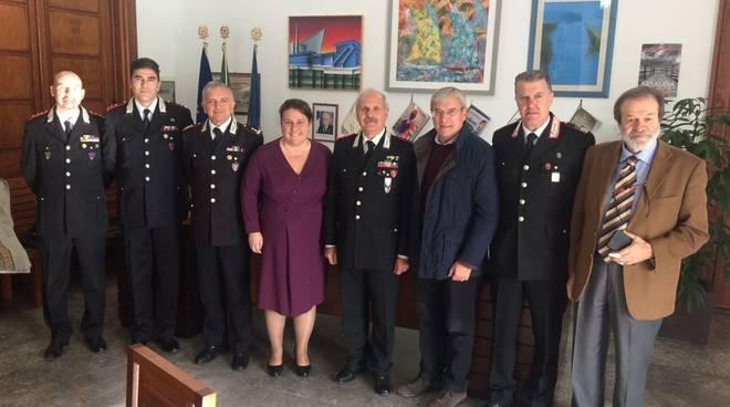 sabaudia incontro comune e carabinieri per tutela del territorio