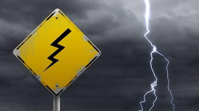 allerta meteo temporali elettrici burrrasche di vento