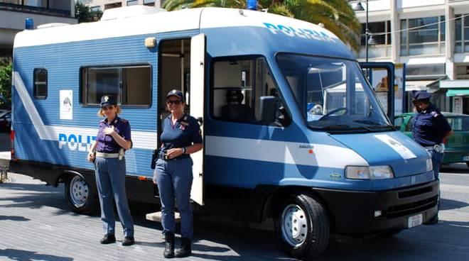 camper polizia di stato